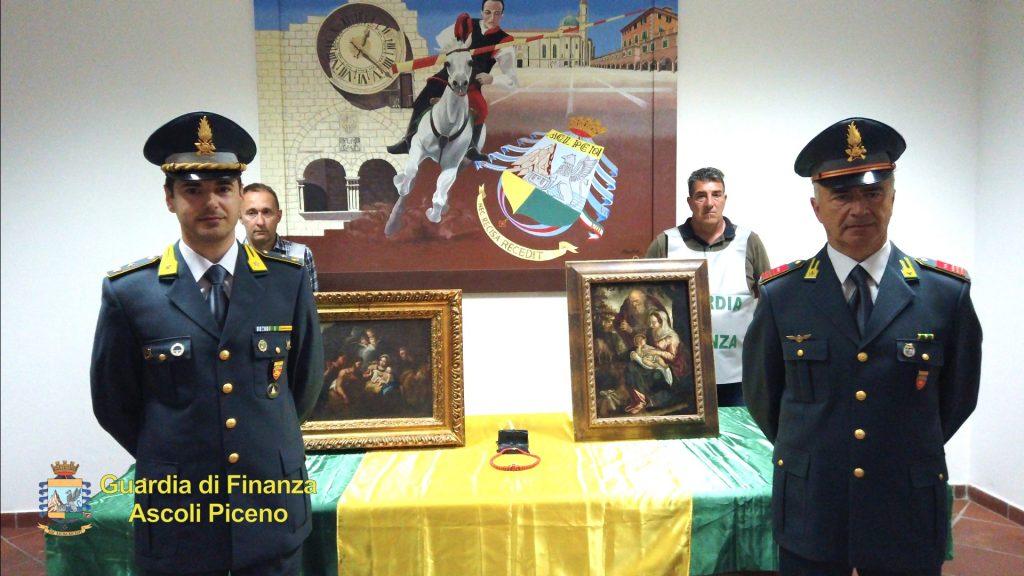 Santa Vittoria, la GdF sgomina un centro di usura ricettazione di gioielli e opere d'arte.