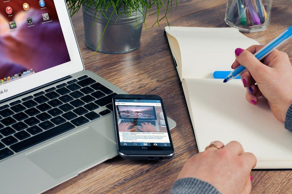 Imprenditori e Associazione a scuola di digitale