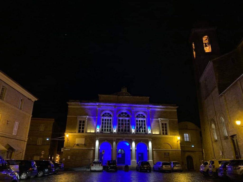 Sant'Elpidio in luci blu per la Giornata dell'Infanzia