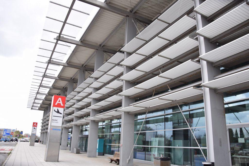 """Aeroporto Falconara, undici nuove rotte. Acquaroli: """"la risposta che auspicavamo."""""""