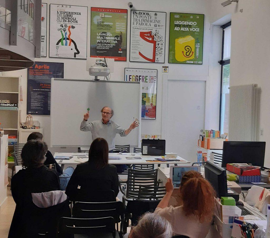 Ѐdi.Marca Editori, il libro di Marco Moschini presentato online da Zefiro