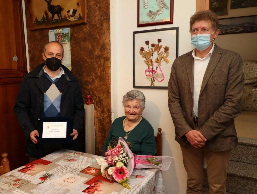 Gli auguri del Comune di Fermo alla signora Emma Trisciani per i suoi 100 anni