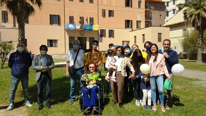 Grottammare: Vincenza Gorgoglione, 104 anni di voglia di vivere