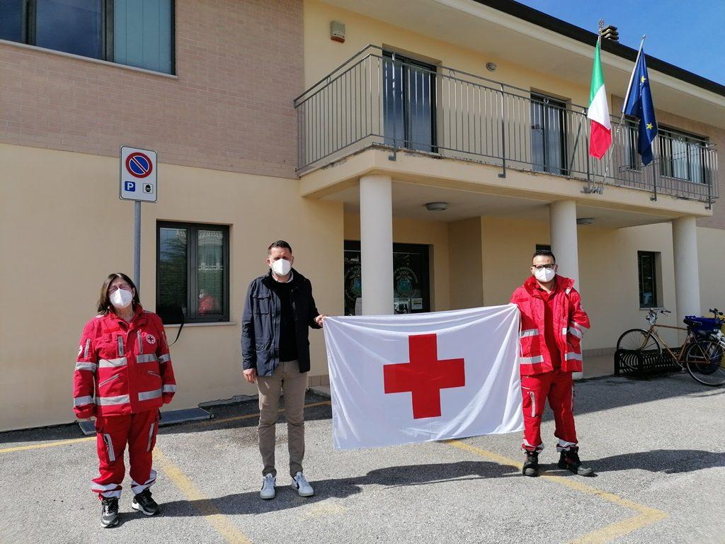 Monteprandone: Municipio e Centro Storico si tingono di rosso, l'8 maggio per la giornata della CRI