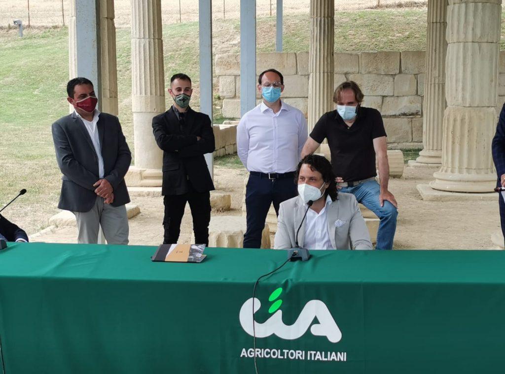 Deviango, quattro viticoltori presentano il bianco alla Cuma di Monterinaldo