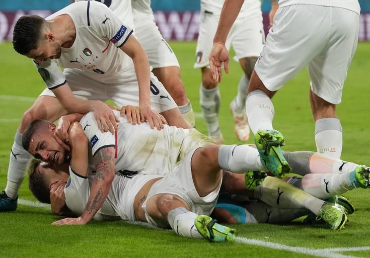03.07.21 Italia in semifinale, le emozioni del calcio e non solo