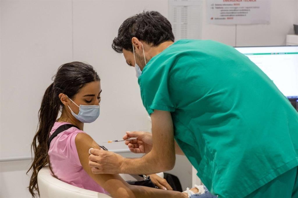 Crescono i vaccinati tra gli studenti